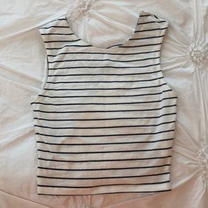 Tops - Cropped Stripped Tank Top